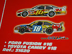 SCX Compact Nascar Ford Fusion Nr.16 und SCX Compact Toyota Camry Nr.18