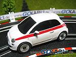 Carrera GO Fiat 500 aus dem Batterieset aus Italien